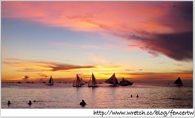 〔菲律賓〕長灘島之旅 - Day1:國際機場一航廈 → 馬尼拉航空 → Kalibo機場 → BAGOBOS 自助餐 → Caticlan碼頭 → 螃蟹船 → Boracay碼頭