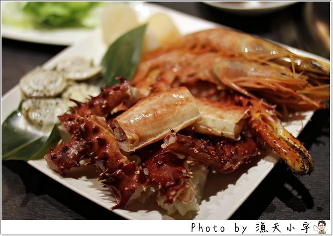 〔台北〕玉鑫帝王蟹頂級燒烤 ─ 無骨牛小排、干貝及天使紅蝦比較優~