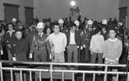 那群站在軍事法庭上的平民