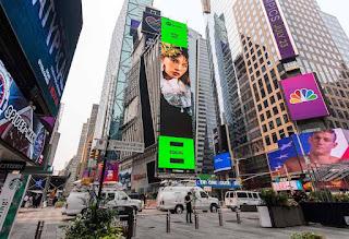 登封Spotify EQUAL 魏如萱躍世界地標-紐約時代廣場巨幕