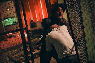 《手捲煙》林家棟一打四搏命演出長鏡頭打戲 媲美《原罪犯》經典橋段