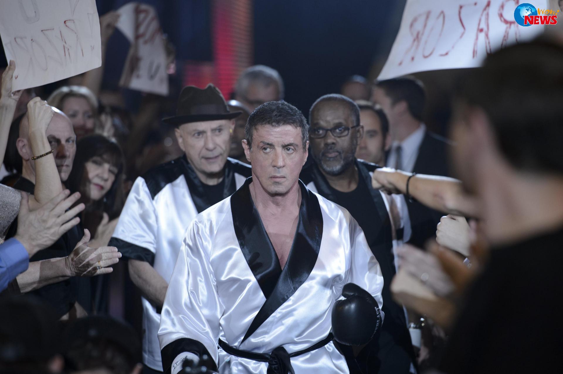 席維斯史特龍鍛鍊拳擊手完美體態靠拉卡車、浸馬尿
