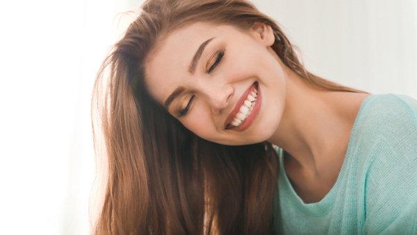全瓷冠假牙 讓笑容更美麗耀眼