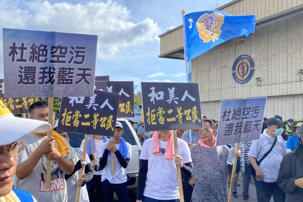 台中議員黃健豪絕食抗議中火累倒送醫
