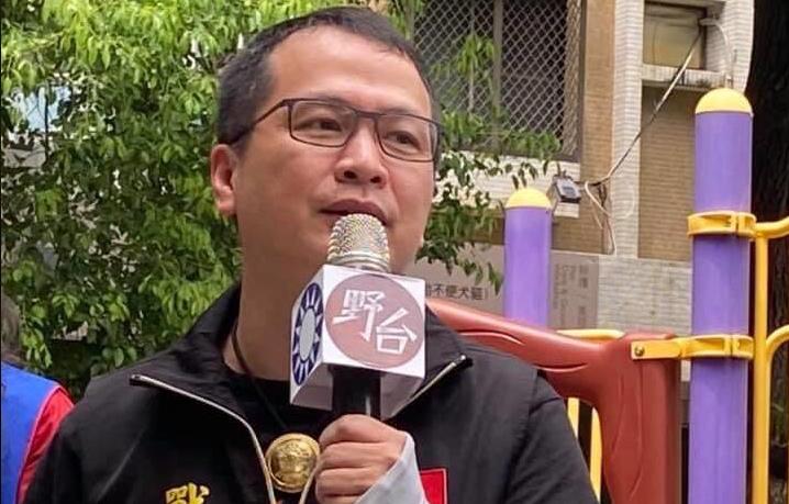 中天撤換照成藍、綠政治鬥爭角力場?陳水扁PO鄭南榕合照護新聞自由!