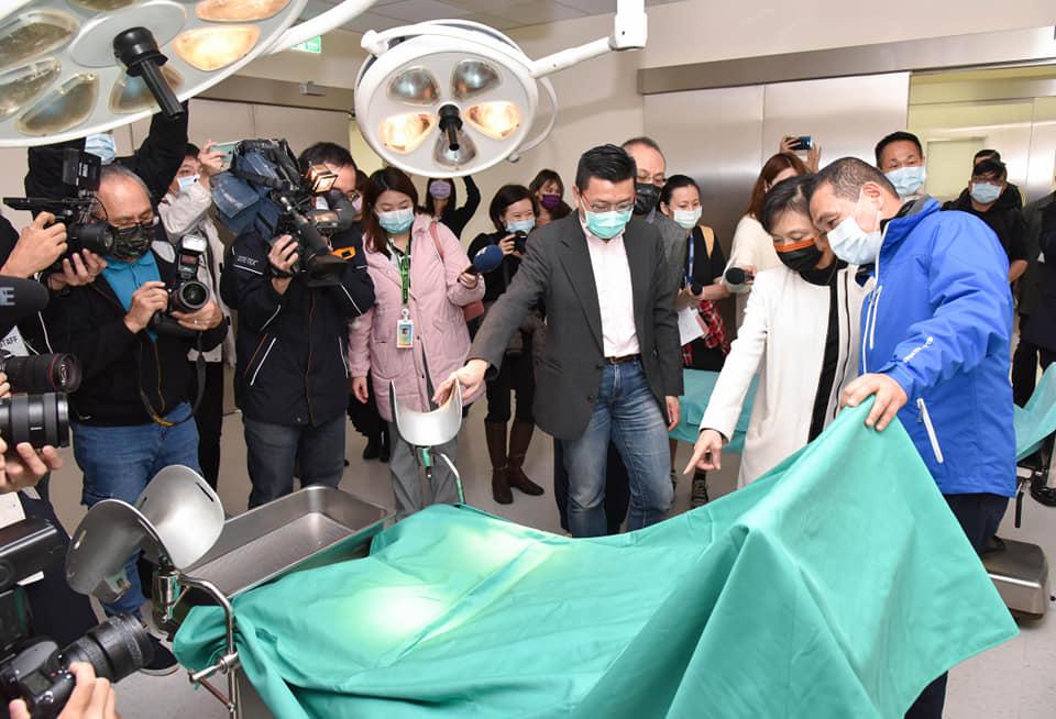「拍醫院」實景棚落成 吸引好萊塢知名雜誌《Variety》慕名報導