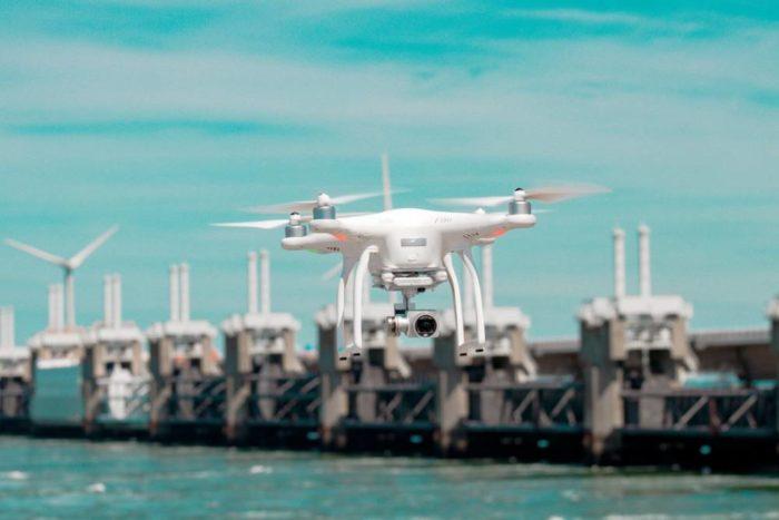 【飛往無限II】無人機的未來應用 不只娛樂還能救人一命