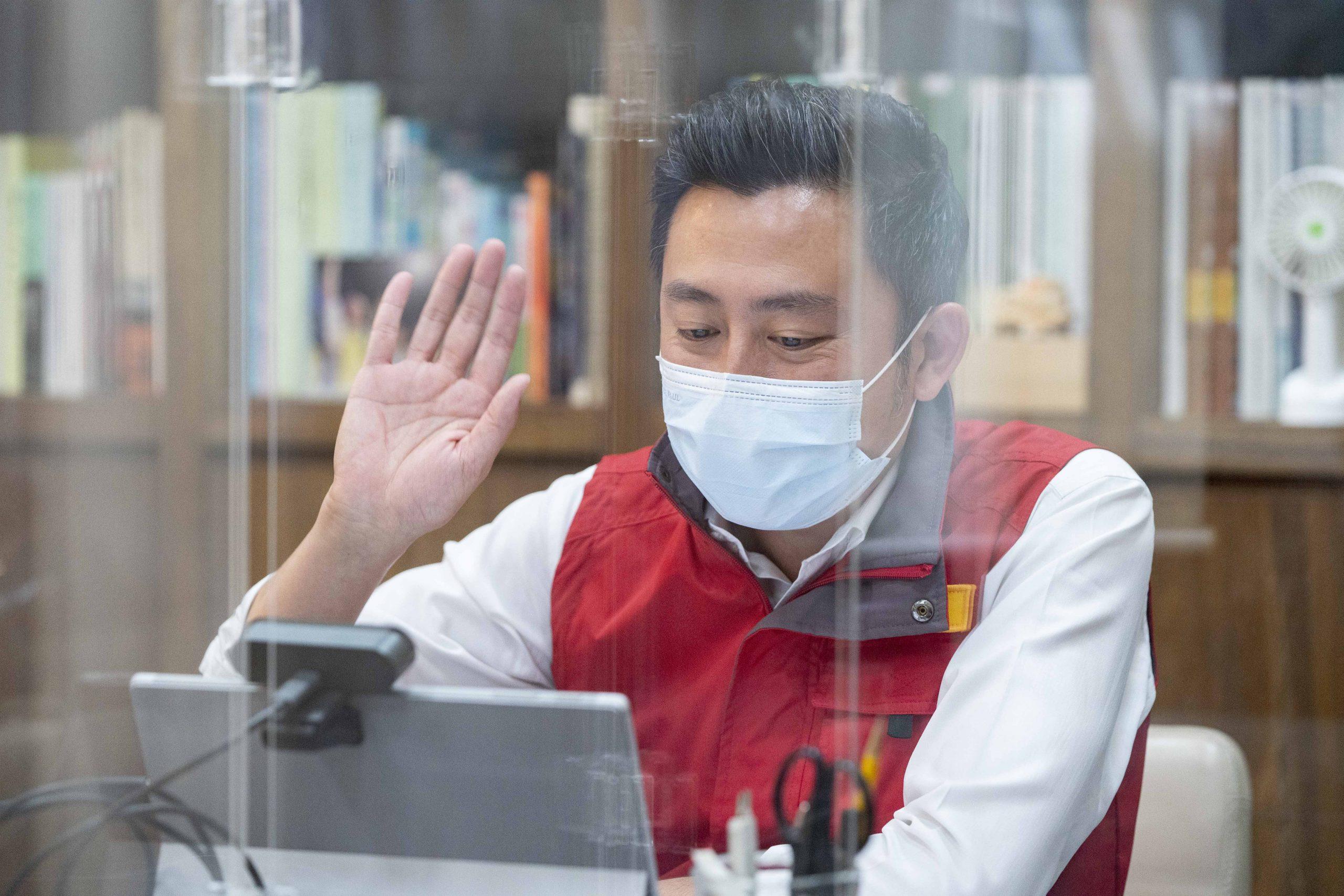 新竹市高齡長者下周施打疫苗 林智堅市長:設六處施打站、招募熱血司機貼心接送