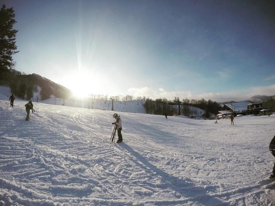 滑雪行程就該這樣輕鬆挑!告訴你挑滑雪團的4大撇步...
