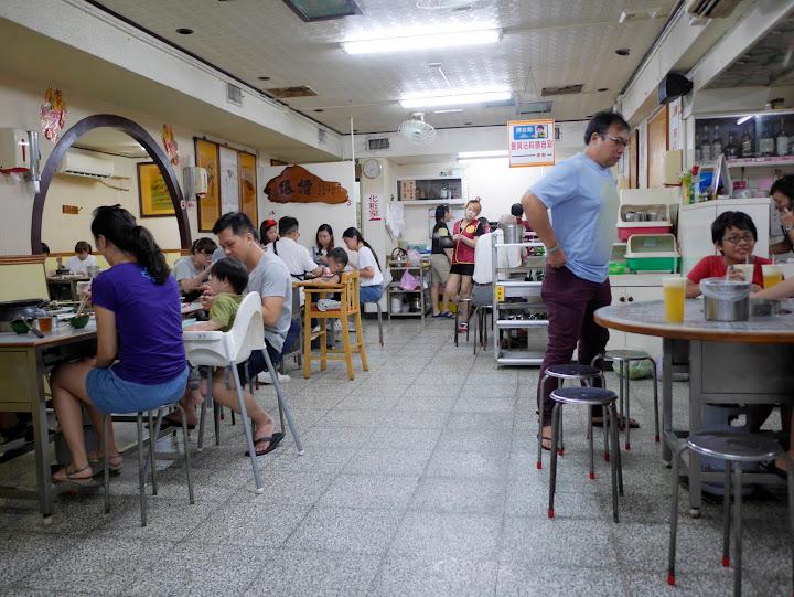 台中西區|小魚兒燒酒雞,超值炒飯、燒酒雞的銅板好食