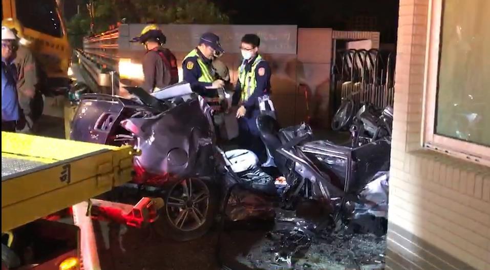 快新聞/台南重大死亡車禍6死! 詭異「90度甩尾」撞工廠警衛室