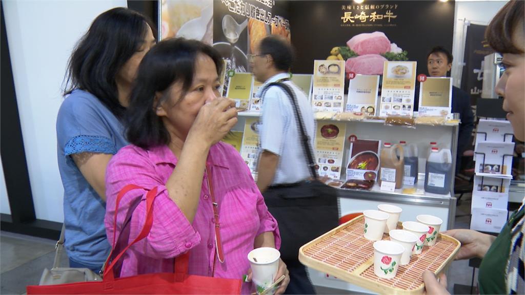 台北食品展好熱鬧!千包滴雞精免費試喝