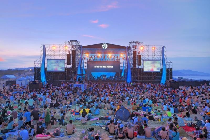 不斷更新/疫情仍未全面穩定避免群聚 貢寮海洋音樂祭「擇期舉行」