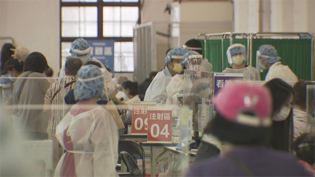 北市兩名醫護 打完疫苗仍先後發病確診