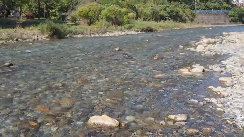 悲劇! 男童溪邊玩水尿急溺死 隨行阿姨遭判7個月
