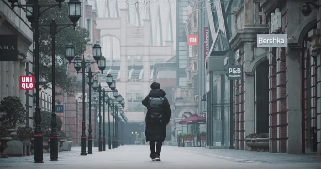 封城後的武漢...空蕩如電影場景 本地人實拍影片曝光
