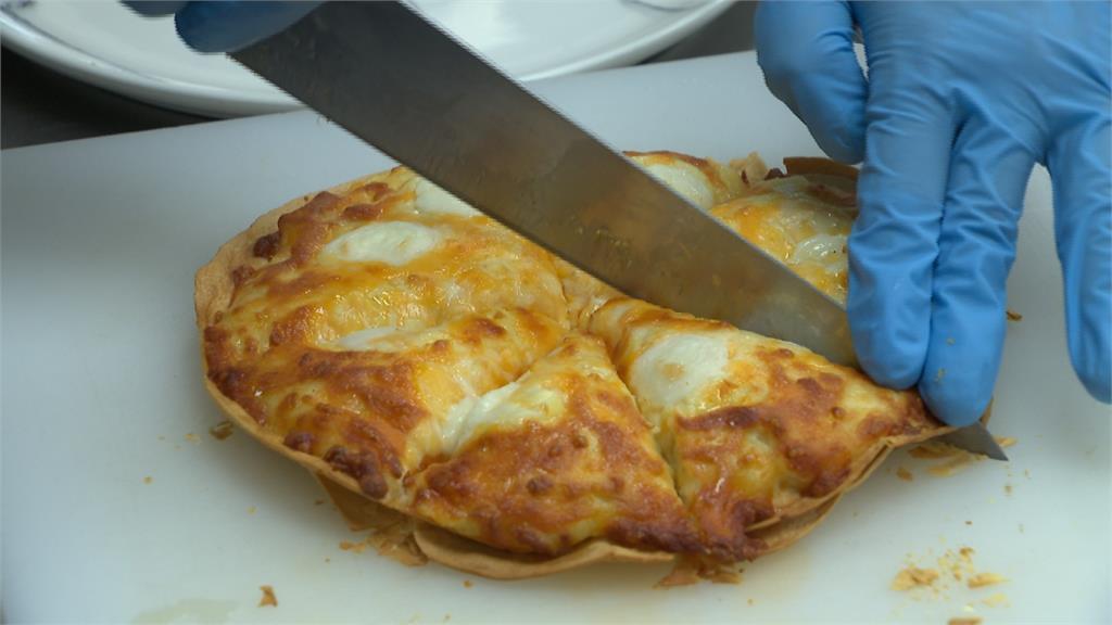 三星蔥跟榴槤選哪個?披薩怪口味挑戰顧客味蕾