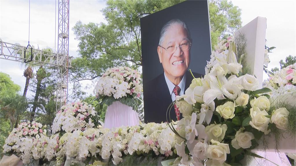 快新聞/悼念李登輝 陳建仁親筆寫下:請您在天之靈「繼續守護您心愛的台灣」