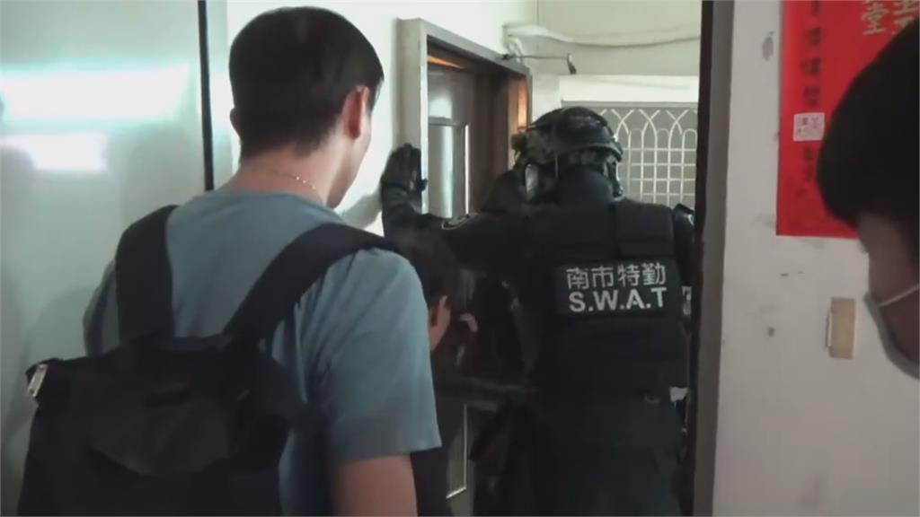 租屋設「詐騙基地」 警一舉攻破四處詐騙機房