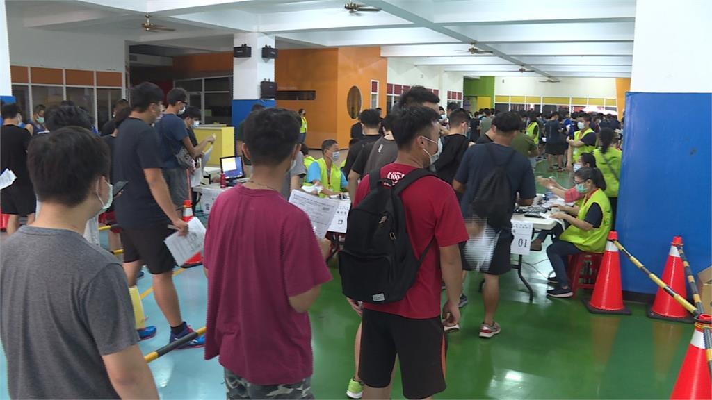 台南招聘清潔臨時工 錄取300名來4200人