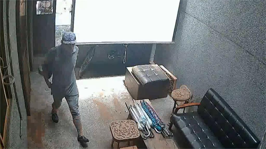 疫情整條街「店休」 竊賊闖空門偷10萬元財物