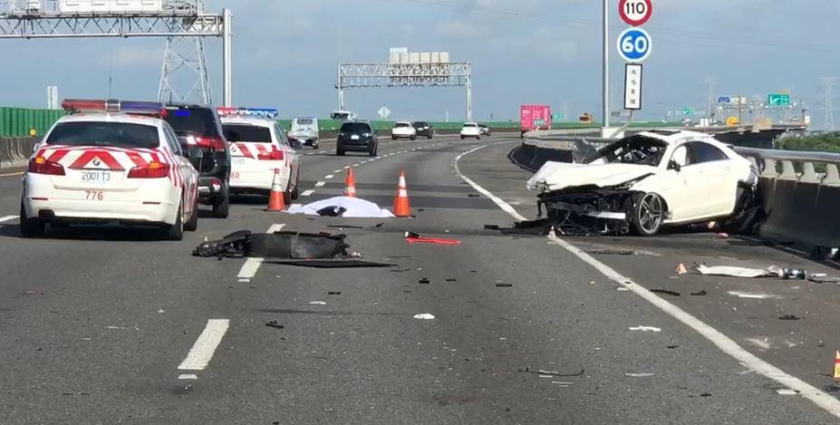 快新聞/國道三號北上200公里發生死亡車禍 白色賓士疑自撞駕駛拋飛身亡