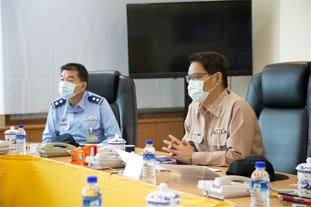 快新聞/國軍整合能量搜救F-16 國防部:範圍縮小節約打撈時間