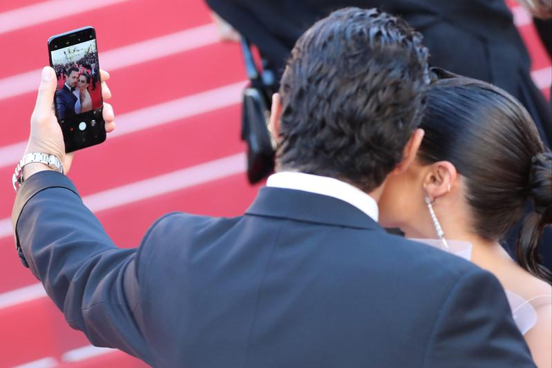 坎城影展新規定惹議 紅毯不給自拍、Netflix不許參賽