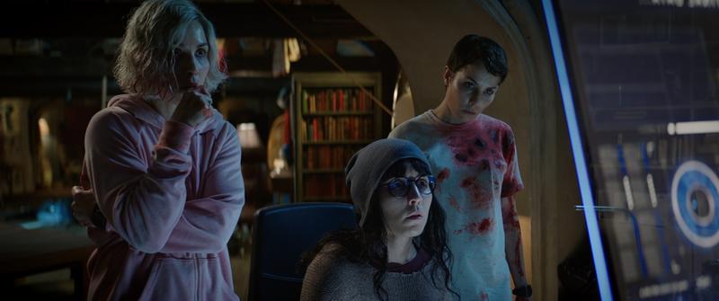 《獵殺星期一》好逼人 女星分飾7胞胎躲殺機