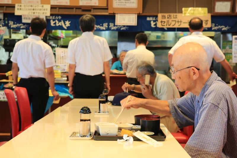 誰說便宜沒好料?日本這間魚市餐廳讓我跌破眼鏡