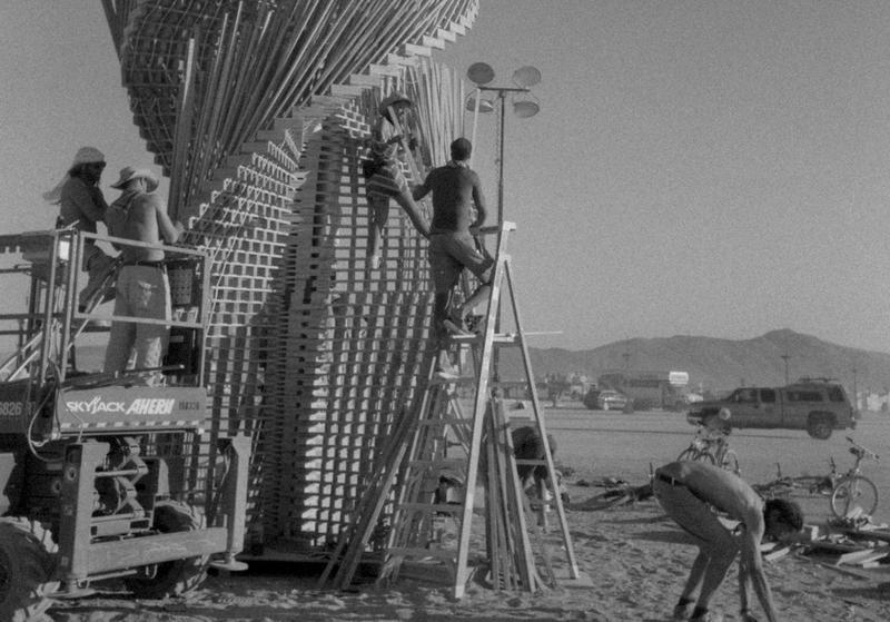 【Burning Man】沙漠裡的互動──藝術絕非「秀」手旁觀(上)